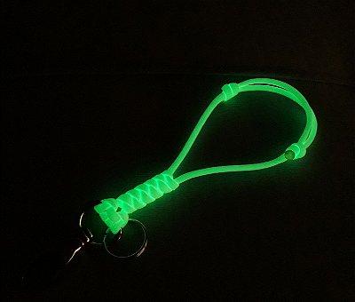 Chaveiro Mini-Lanyard Glow (Brilha No Escuro!)