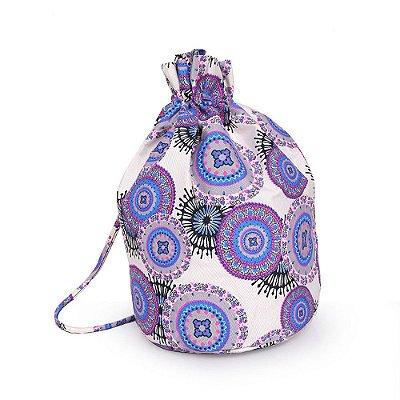 Bolsa com Cordão e Estampa de Mandala