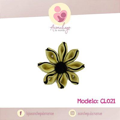 Laço Modelo Flor - Carolina Laços