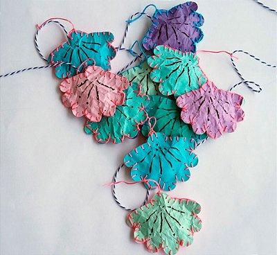 Cordão de mesa de mini concha paper