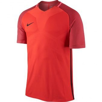 Camiseta Nike Strike AeroSwift University