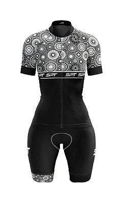 Macaquinho de Ciclismo Manga Curta  Feminino - Forro em gel - Proteção Solar FPU 50+ Marca SPT - 15