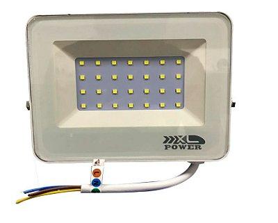 REFLETOR LED 30W BRANCO - LINHA PREMIUM