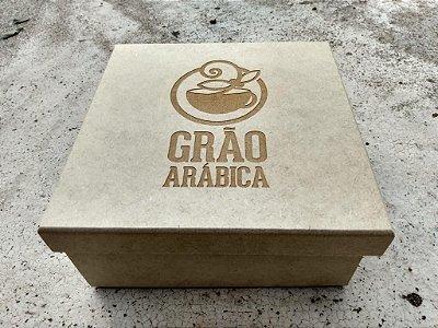 Kit Grãos Moídos Torra Média 250gr - 5 unidades + caixa personalizada + Xícara