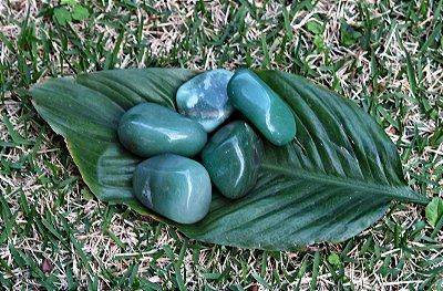 Quartzo Verde Pedra Rolada Unitário de 3 a 4 cm