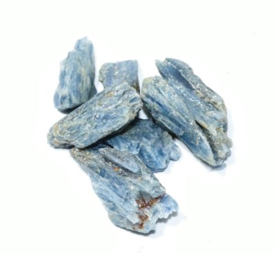 Cianita Azul Pedra Bruta Pedra do ano 2019 saco 100 gramas