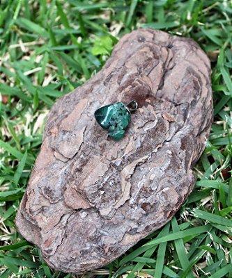 Pingente de Pedra Esmeralda Rolada - Pedra do ano de 2020