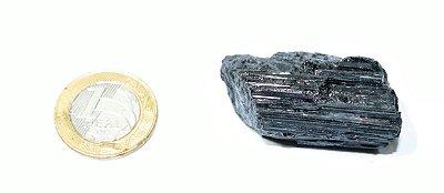Turmalina Negra Pedra Bruta Unitária 40 gramas.