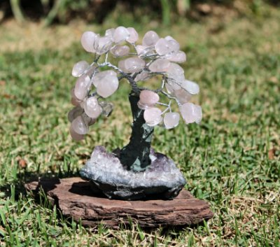 Árvore de Quartzo Rosa com base de Ametista