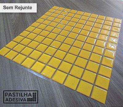 Placa Pastilha Adesiva Resinada 30x27 cm - AT040 - Amarelo