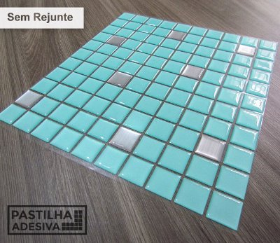 Placa Pastilha Adesiva Resinada 30x27 cm - AT180 - Azul