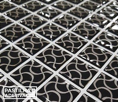 Placa Pastilha Adesiva Resinada 30x27 cm - AT212 - Preto