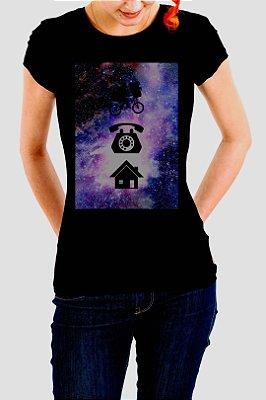 Camiseta Feminina Preta E.T. Phone Home