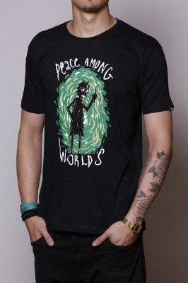 Camiseta Masculina Preta Peace Among Worlds