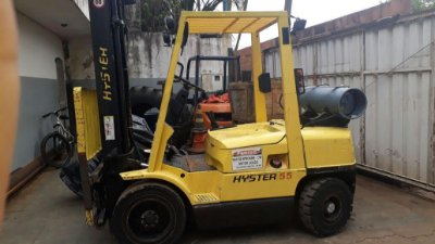 EMPILHADEIRA HYSTER H55XM TORRE TRIPLEX DE 5.10 MTRS ANO 95