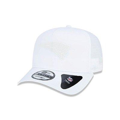 Boné New Era 940 New England Patriots Trucker White Logo - Branco