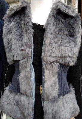 bbb56cd931 Colete acinturado pêlinho e tricot cinza