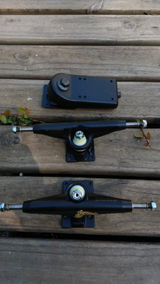 KIT BASE SIMULADOR DE SURF LELOSKATEBOARDS + TRUCKS 159MM