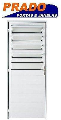 Porta De Abrir (Giro) em Alumínio Branco Lambril Com Basculante Vidro Mini Boreal - Linha Boldie Prado