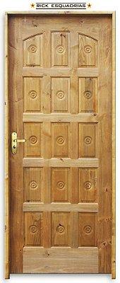 Porta de Madeira Maciça Torneada 15 Almof. Ecol. C/ Fech. Tambor Montada no Batente Misto 11 cm - Rick Esquadrias