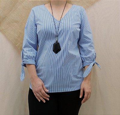 Blusa listrada azul a branca
