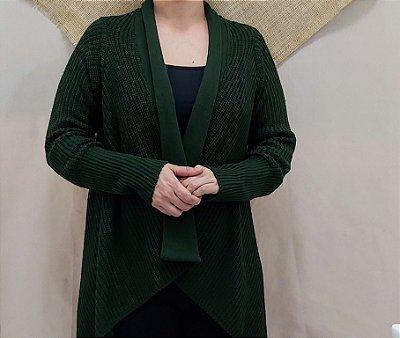 Casaco de trico verde militar