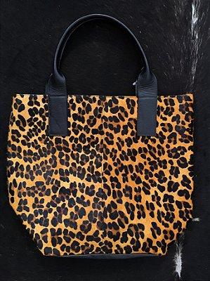 Bolsa saco couro com pelinho