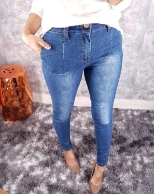 Jeans estilo alfaiataria