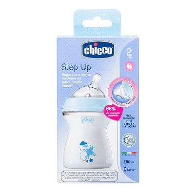 Mamadeira Step Up Azul 250ml - 2m+ (Fluxo Médio) - Chicco (CH-808232)