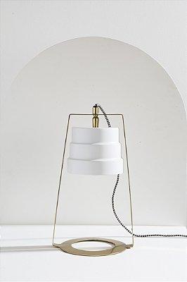 luminária de mesa tricia branca