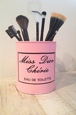 Lata Miss Dior