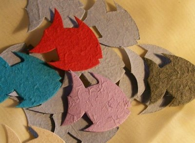 Peixe para scrapbooking - kit com 50 unidades - cores variadas