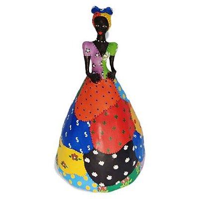 Boneca em madeira colorida -MG