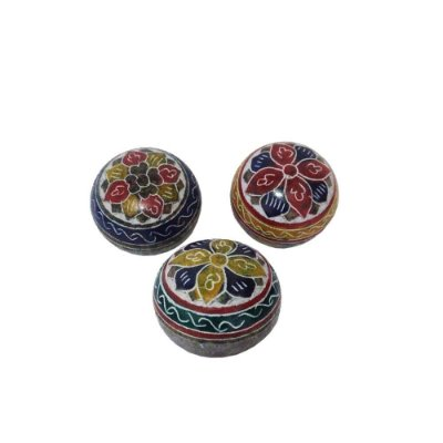 caixa bola  bordado em pedra sabão- trio - MG