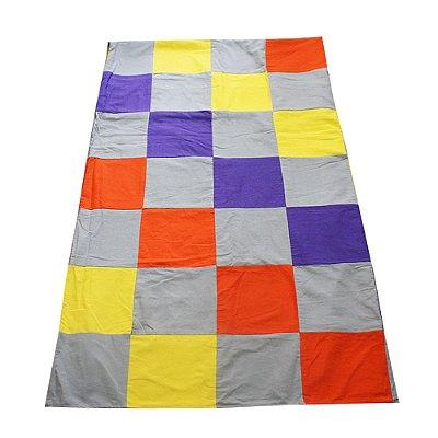 colcha queen retalhos cinza, laranja, amarelo e roxo - CE