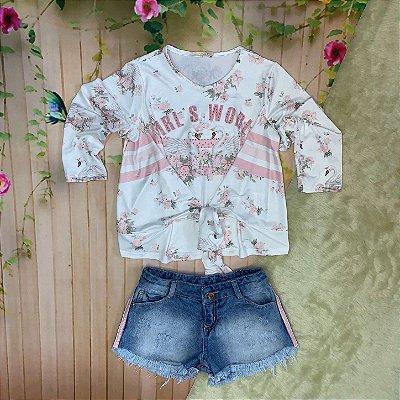 Conjunto infantil Petit Cherie inverno blusa floral cisne amarração com short jeans off white e rosa