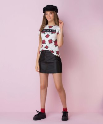 Blusa Teen Vanilla Cream com rosas girls are com brilho tumblr off white e vermelho