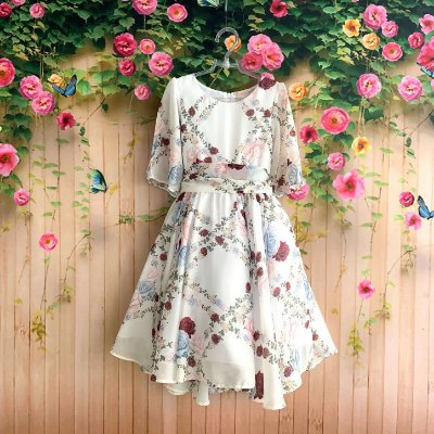 Vestido de festa infantil Petit Cherie mullet flores do campo seda off white Tam 6