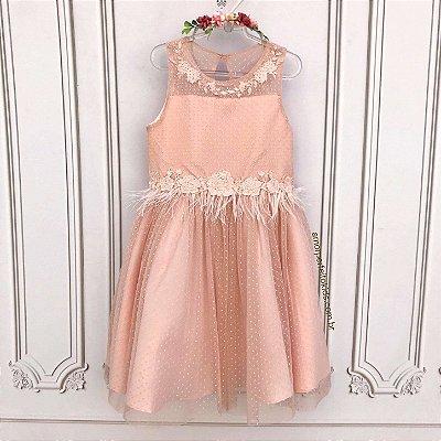 Vestido infantil de festa Petit Cherie luxo em tule poá rosa com plumas Tam 10