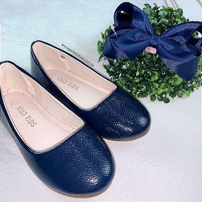 Sapatilha infantil verniz azul marinho