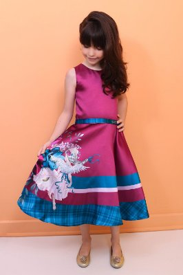 Vestido infantil de festa Petit Cherie max flores marsala
