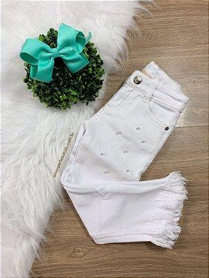 Calça infantil de sarja branca da Petit Cherie com pérolas Tam 3