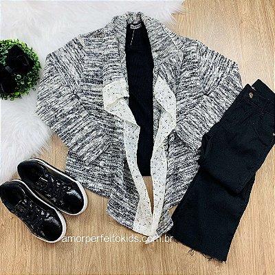 Casaco infantil Petit Cherie cardigan tricô mescla com renda preto e off white tam 8