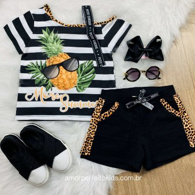 Conjunto Petit Cherie infantil menina blusa abacaxi florest e short animal print preto