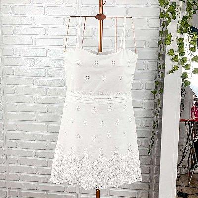 Vestido teen laise branco curto alcinha boho Catbalou