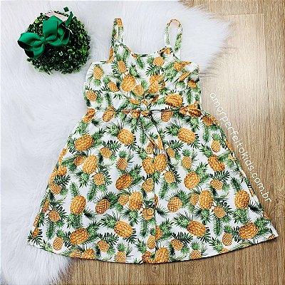 Vestido infantil Petit Cherie tropical abacaxi