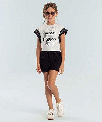 Conjunto infantil Petit Cherie blusa smile e shorts malha off white e preto