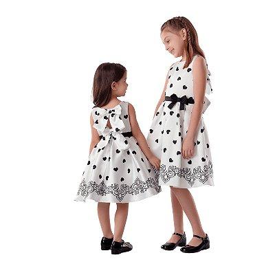 Vestido de festa infantil Petit Cherie coração preto e branco