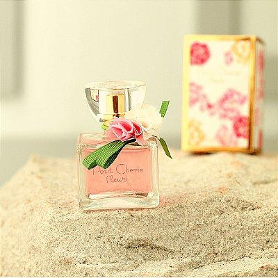 Perfume Petit Cherie infantil meninas Fleur colônia