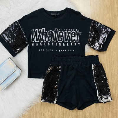 Conjunto teen tumblr blusa whatever com shorts paetês preto